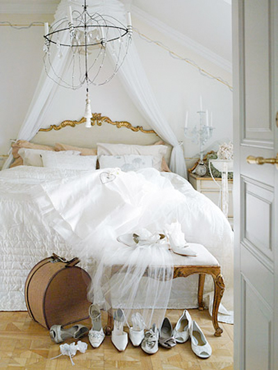 White-bedroom-with-gold-accents